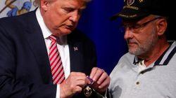 Nouvelle polémique de Trump, autour d'une décoration