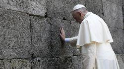 Le pape François a visité le camp
