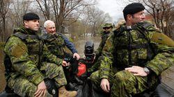 Inondations: les militaires se retirent, la reconstruction