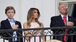 Melania rappelle à l'ordre Donald Trump pendant l'hymne