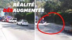Ce militant fait disparaître les voitures en réalité