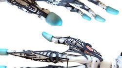 Cette main bionique est incroyablement réaliste