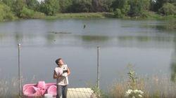 Pêcher un poisson à l'aide d'un drone