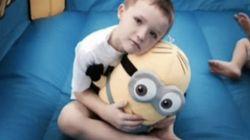 La police et les pompiers sauvent la fête d'un enfant autiste