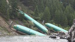 Mais que font ces avions dans une rivière?