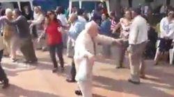 Ce grand-père surprend tout le monde avec sa danse