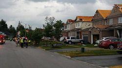 Tornade et tempête en Ontario, des milliers de foyers privés