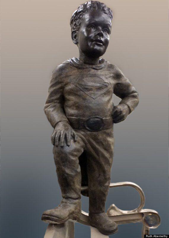 Jeffrey Baldwin, le gamin mort de faim en 2002, pourra porter le «S» de Superman sur sa statue