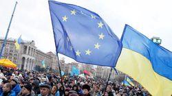 L'Ukraine introduit les visas pour les Russes et quitte la