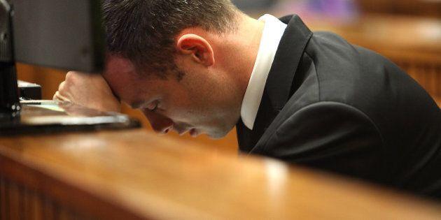 Procès Pistorius: nouveau témoignage dérangeant, la défense demande une