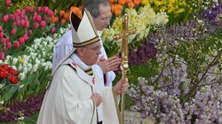 Revivez la première messe de Pâques du pape