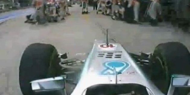 VIDÉO. En plein grand prix de Malaisie, Lewis Hamilton s'arrête à la mauvaise