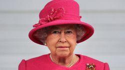 Elizabeth II hospitalisée pour une
