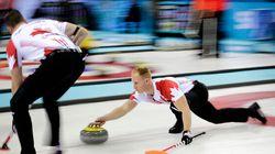 En curling, le Canada écrase la