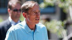 L'affaire Petraeus fait bien rire les