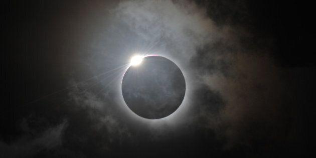Rare éclipse solaire totale en