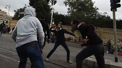 Violents affrontements entre pro et anti-Morsi au