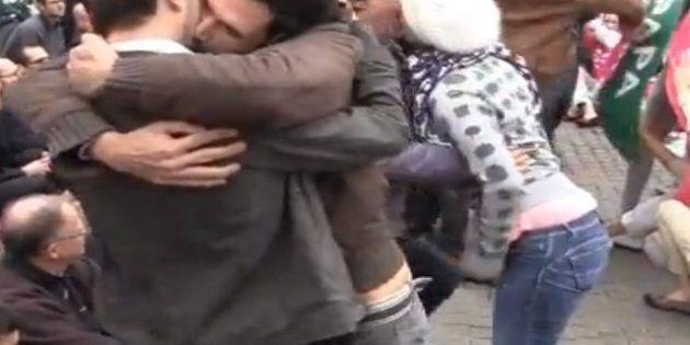 Nantes: le baiser de Marseille inspire des manifestants pour le droit au mariage et à l'adoption des