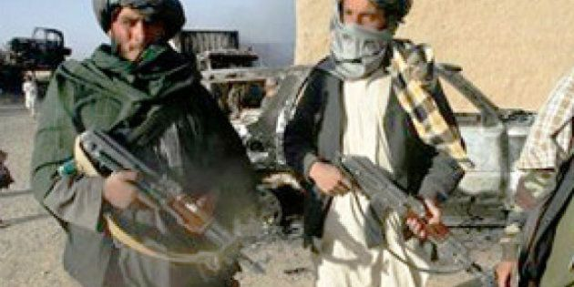 Les talibans attaquent un hôtel près de Kaboul, 18