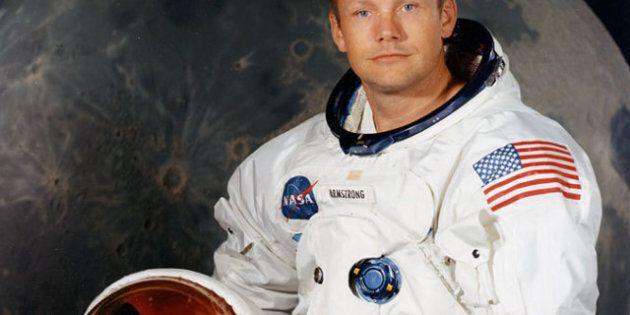 Le corps de l'astronaute Neil Armstrong sera immergé en