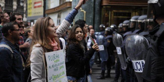 Espagne: manifestation et affrontements entre les indignés et la