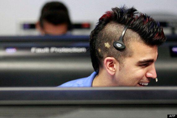 Bobak Ferdowsi, un ingénieur de la Nasa coiffé comme un iroquois responsable de la mission Curiosity...