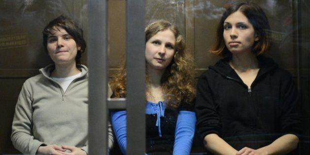 Appel des Pussy Riot: une des trois accusées libérée, les deux autres restent en