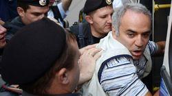 Garry Kasparov, soutien des Pussy Riot, risque cinq ans de