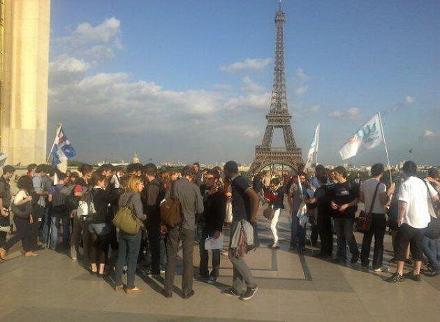 Grève étudiante: manifestation à Paris en soutien aux étudiants