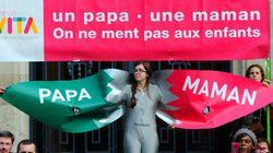 Mariage gai en France: le défilé un peu ridicule des