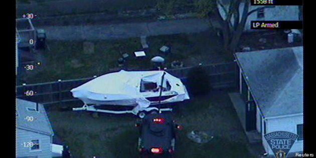 Attentat de Boston: la maison du bateau où s'est réfugié un suspect est devenue la nouvelle