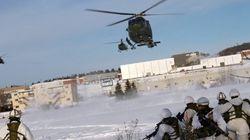 Les soldats envahissent