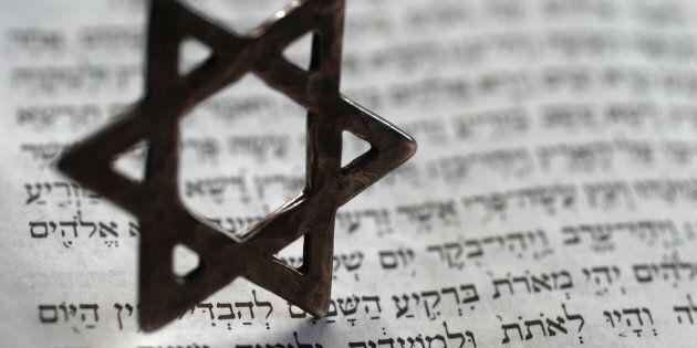 Tout au long de l'Histoire, la haine du juif a porté différents costumes, selon les