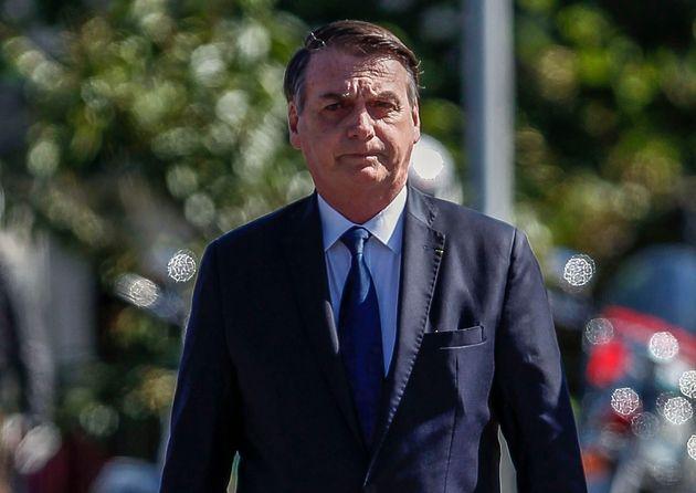 No Twitter, Bolsonaro afirmou quea obra de Olavo contribuiu para ele vencesse as