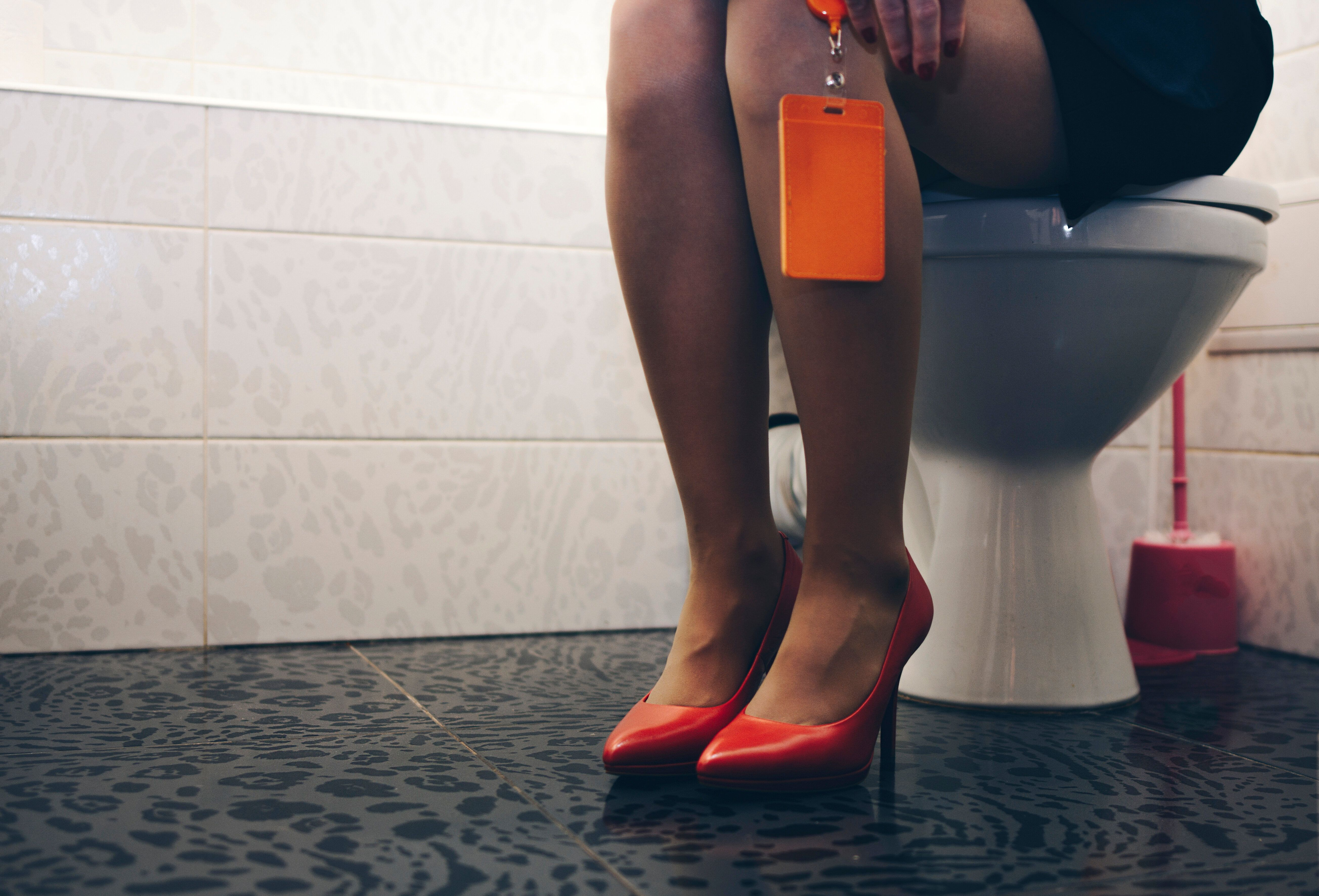 This Is Why You Always Have To Pee When You're Anxious | HuffPost Life