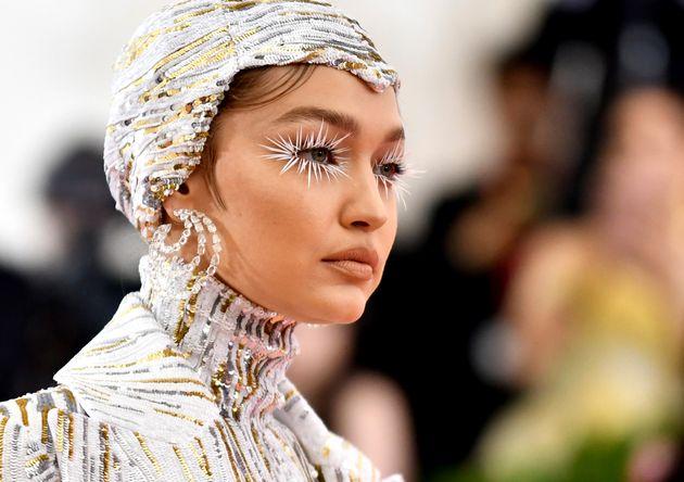 A modeloGigi Hadid foi uma das celebridades presentes no Met Gala