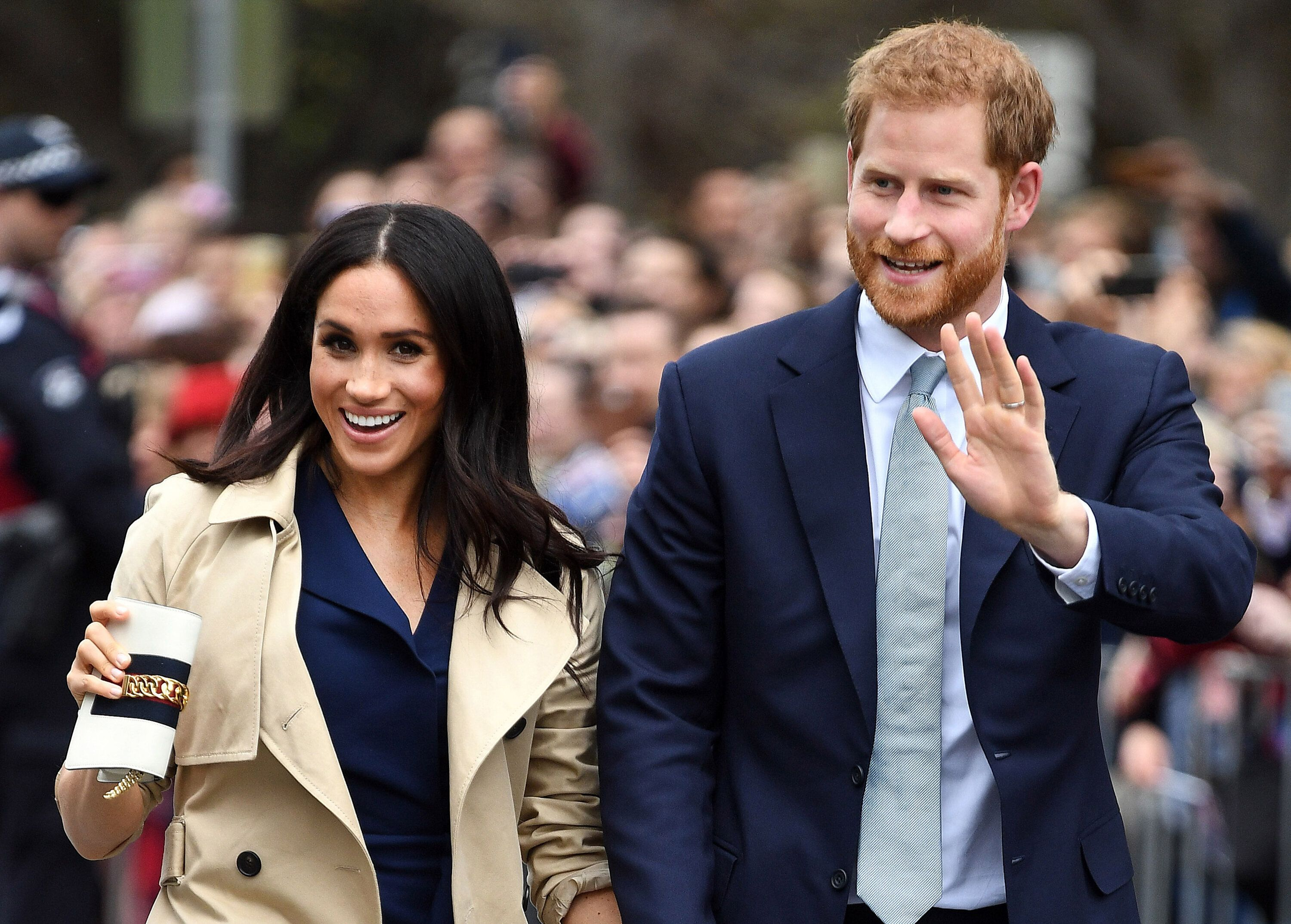 MELBOURNE, MELBOURNE - OCTOBER 18:  (NO UK SALES FOR 28 DAYS) Prince Harry, Duke of Sussex and Meghan, Duchess of Sussex attend  a public walk and greet at Government House on October 18, 2018 in Melbourne, Australia. The Duke and Duchess of Sussex are on their official 16-day Autumn tour visiting cities in Australia, Fiji, Tonga and New Zealand.  (Photo by Pool/Samir Hussein/WireImage)