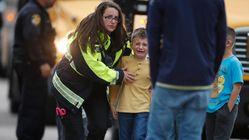 Sparatoria in una scuola di Denver: un morto e otto feriti. Arrestati due