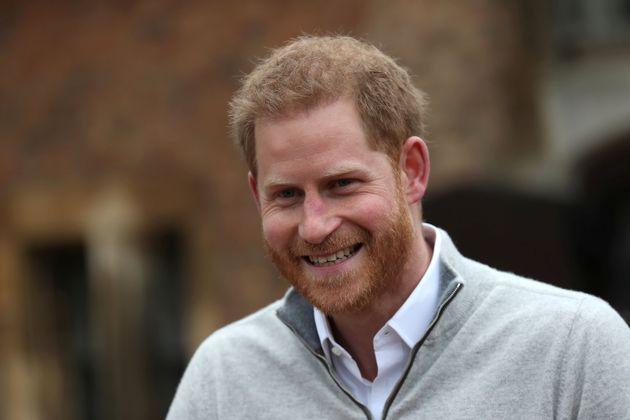 Le prince Harry, ému, au moment de l'annonce de la naissance aux