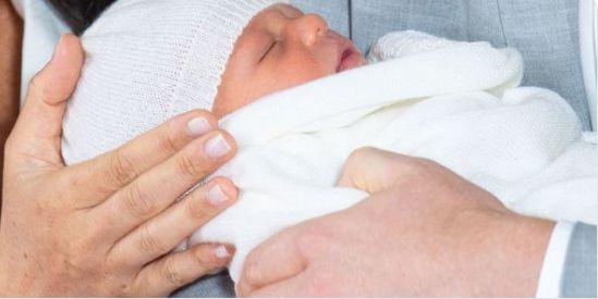Primera foto del hijo del príncipe Harry y Meghan Markle, duques de