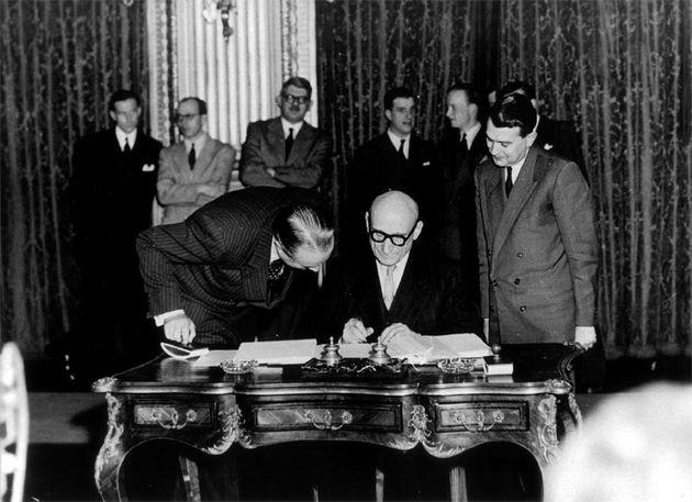 Firma del Tratado de París de 1951 /