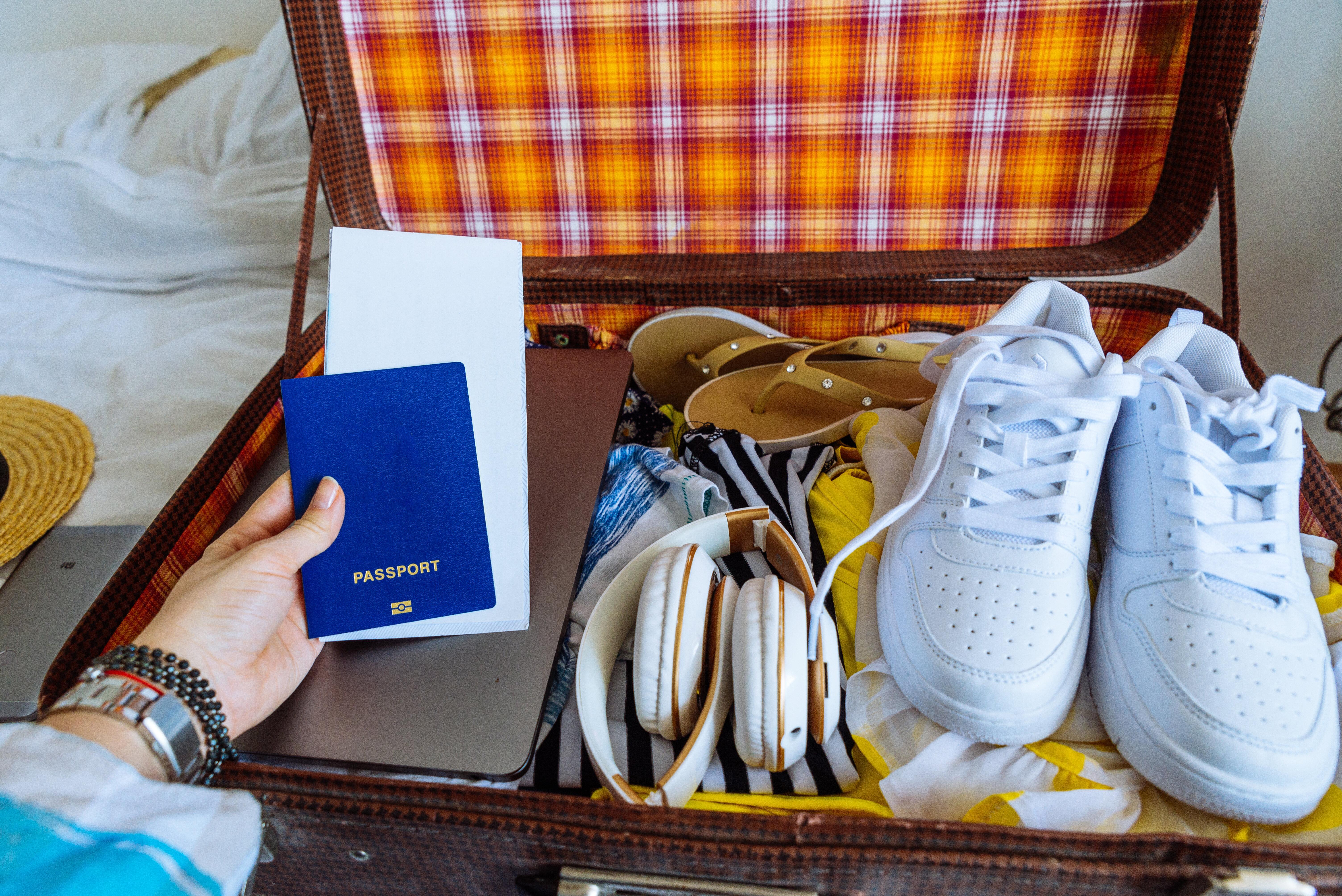 best travel sneakers