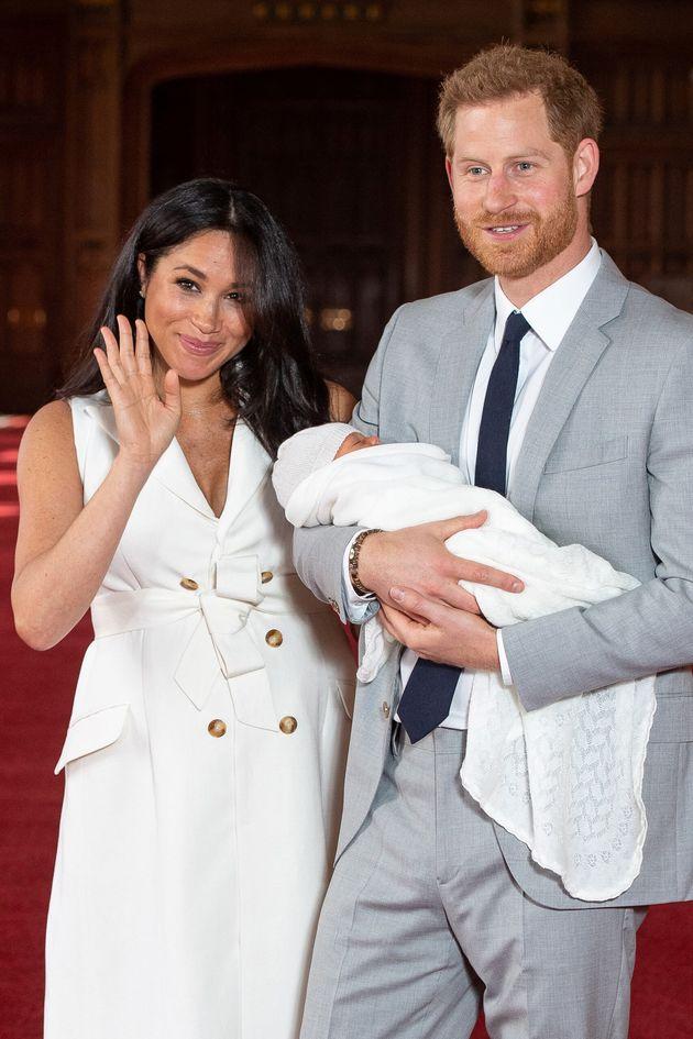 Il nome del figlio di Harry e Meghan è Archie