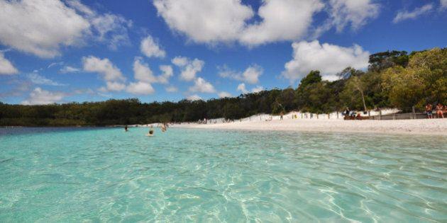(GERMANY OUT) Paradiesische Landschaft auf Fraser Island am Lake McKenzie, einem australischen Weltnaturerbe...