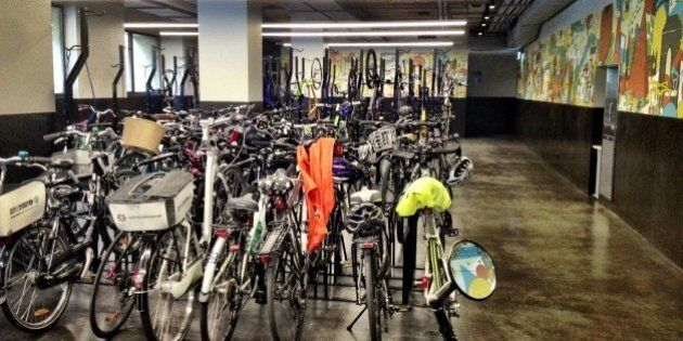 Bike Racks, Luxury Showers Keep Cycling Commuters Fresh For The