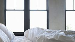 How to Clean a Bedroom in 10 Minutes or