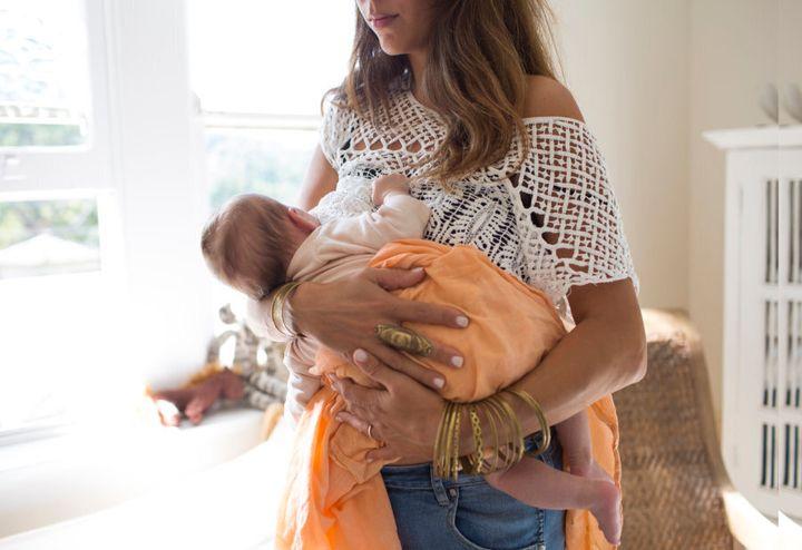 Breastfeeding burns 500kj a day.