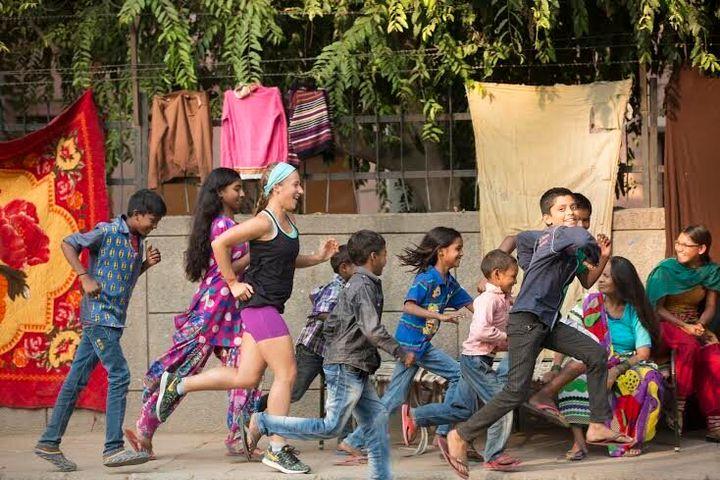 Samantha Gash running in India