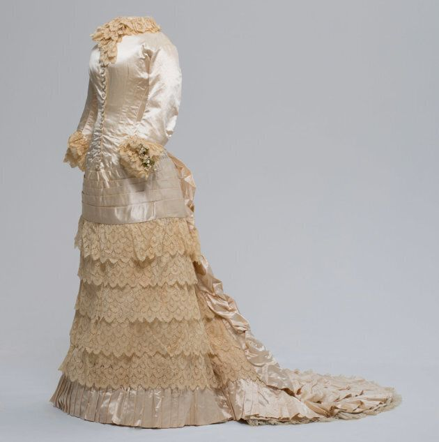 Worn by Mary Cameron, married in 1883.