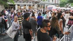 Teenagers Queue From Dawn For New Sydney H&M